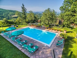 Bagno a Ripoli Villa Sleeps 10 with Pool Air Con and WiFi - 5823266