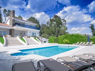 Cabopino Villa Sleeps 10 with Pool Air Con and WiFi - 5824503