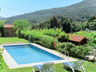 Labruja Villa Sleeps 11 with Pool - 5823574