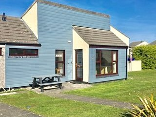 PERRANPORTH BUNGALOW-AMAZING VALUE,  FACILITIES,swimming play area, tennis 70