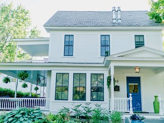 Charming House in downtown Middlebury