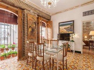 Estiloso Apartamento en casa palacial Sevillana