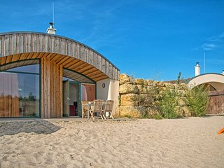 Goltzschen Holiday Home Sleeps 5 with Free WiFi - 5653549