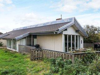 Sonder Havrvig Holiday Home Sleeps 9 with WiFi - 5814458