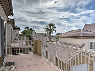 NEW! Desert Condo w/ Pool ~3 Mi to Colorado River!