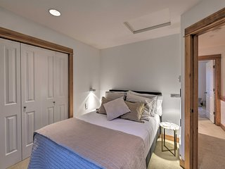 NEW! N Queen Anne Townhome, 3 Mi to Seattle Center