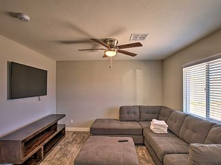 NEW! Well-Equipped Phoenix Apt - 5 Miles to ASU!