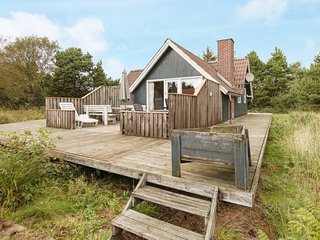 Vejers Strand Holiday Home Sleeps 6 with WiFi - 5815056
