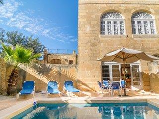 Ta' Bullara Villa Sleeps 4 with Pool and Air Con - 5812125