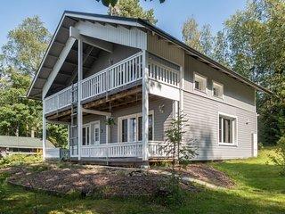 Pohjoismaki Holiday Home Sleeps 9 with WiFi - 5811148
