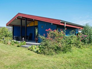 Ugelbolle Holiday Home Sleeps 6 - 5039415