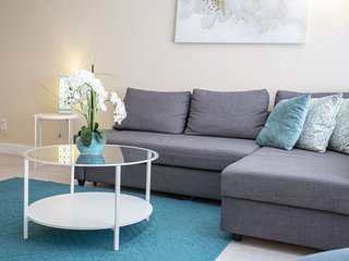 Chic 1 Bedroom Home