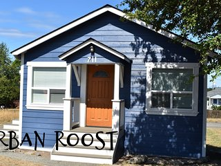 New Listing! Urban Roost, close to Olympic National Park