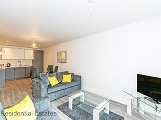 Residential Estates - Halo House Apartments Twin bed option