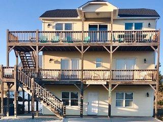 Beach Walker: Almost Ocean Front Beach House with Pool, sleeps 15
