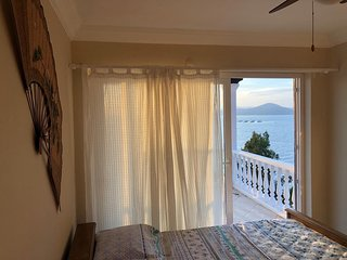 Bodrum Fantastic 4BR Beach-front Villa with great views
