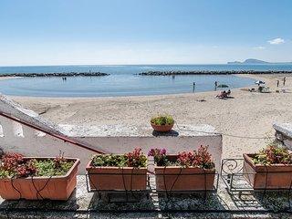 Appartamento sul Mare con una splendida Terrazza Attrezzata