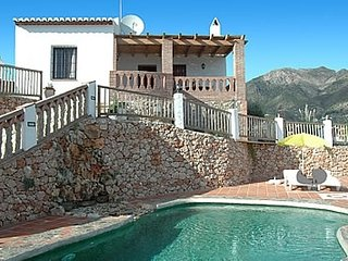 Frigiliana Villa Sleeps 2 with Pool and Air Con - 5824942