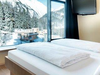 Burg Holiday Home Sleeps 6 with Pool and Free WiFi - 5719711