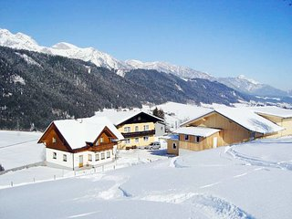 Obere Klaus Holiday Home Sleeps 20 with Free WiFi - 5781373