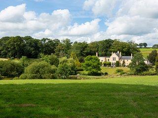 Rackenford Chateau Sleeps 18 - 5772832
