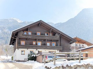 Hollenzen Holiday Home Sleeps 13 with WiFi - 5768796