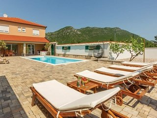 Villa Zara****