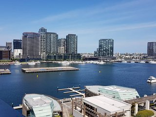 Docklands Waterfront Apartment 2bedroom Free Wifi