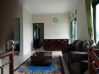 Villa Griya Wira Karya ( Metha )