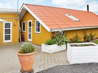Neder Sonderby Holiday Home Sleeps 6 with WiFi - 5448679