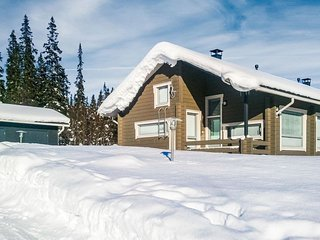 Ruka Holiday Home Sleeps 8 - 5228217