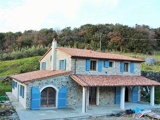 Traumhafte neue Villa in Meernähe in einer der schönsten Gegenden der Toskana