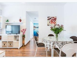 CasaFlori, fantastico apartamento en pleno centro de Torremolinos.