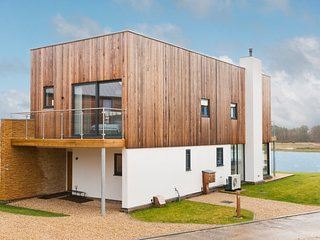 West Chaldon Villa Sleeps 10 with Pool - 5657604