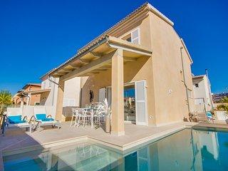 Playa de Muro Holiday Home Sleeps 6 with Pool Air Con and WiFi - 5828038