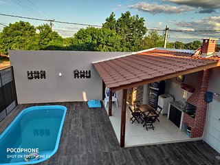 casa catuai cataratas com conforto, piscina e uma otima localizacao !