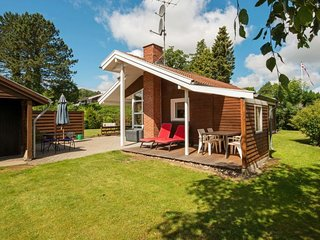Gronninghoved Strand Holiday Home Sleeps 6 with WiFi - 5657234