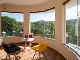 Cocoon Valley Hide Out by Vista Rooms