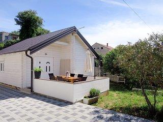House Dada (BIG316)