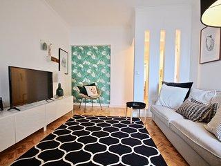 Daikon Apartment, Amoreiras, Lisbon, 'New!'
