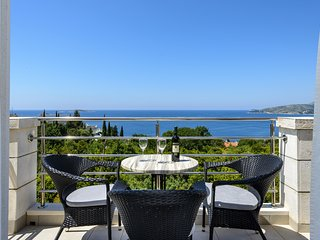 Apartments Maris - Comfort One-Bedroom Apartment with Terrace and Sea view