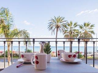 Galets d'Azur Promenade des Anglais
