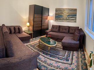 Charming and cozy apartment fully renovated in the city centre