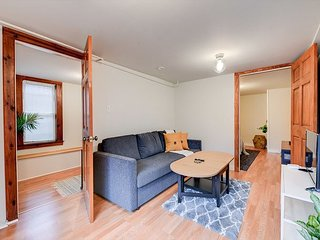 Quaint and Charming 2BR APT in Central Oakland