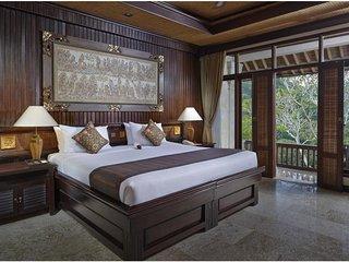 Luxury Deluxe Raja Room - Breakfast    ( Hts14)