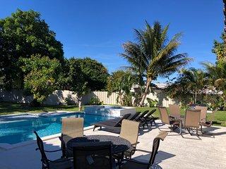 ♥ Palm Beach Home 5B/4Bth, Private Pool & Hot Tub Home Theater ♥