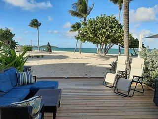 Tekila beach directement au bord de la mer, terrasse sur le sable au NBBC a SXM