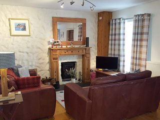 Character cottage in vibrant Pembrokeshire town, central for many beaches.