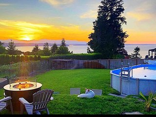 Ocean View Three Tree Terrace Heated Pool & Hot Tub