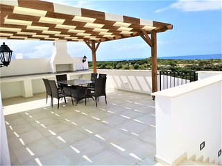 Sea Magic Premium C5/4 /3-bed penthouse- Best place to stay in Cyprus